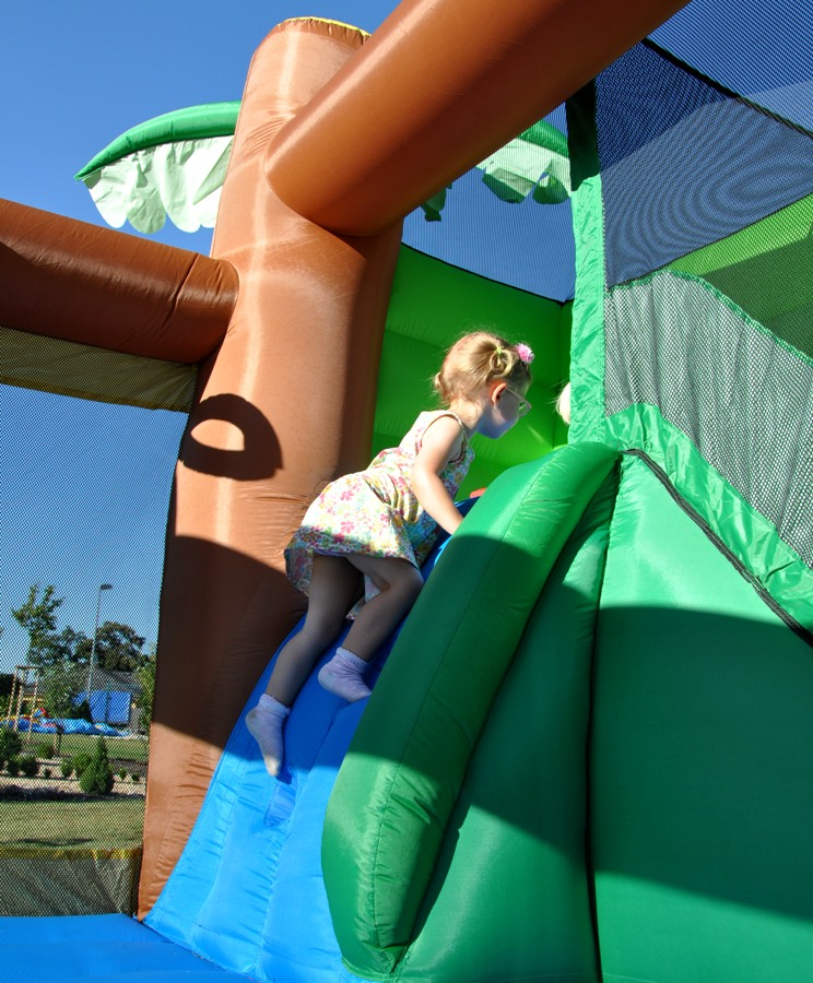 Happy Hop Jungle Climb and slide Bouncy House